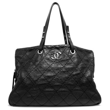 Chanel Black Glazed Calfskin Large On The Road Zip Tote