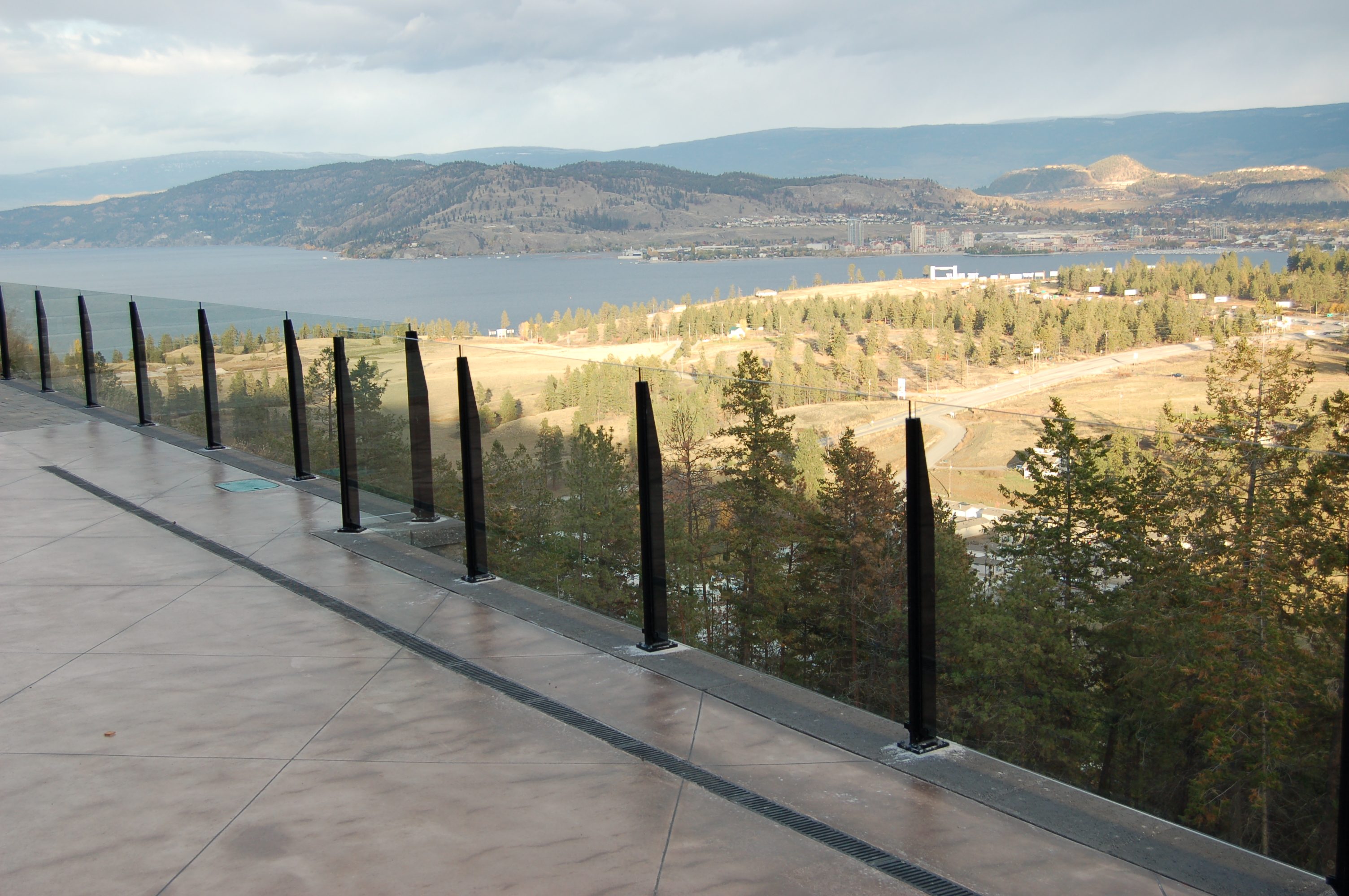 Mystic Frameless Glass Railing