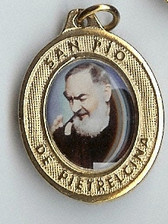 Padre Pio Giving His Blessing - Picture 2