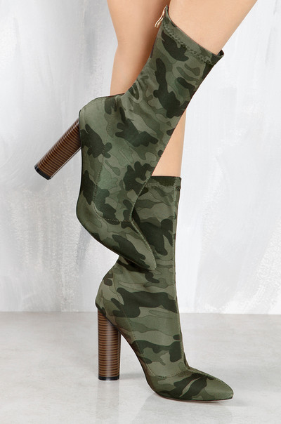 Boot-y Camp - Camouflage