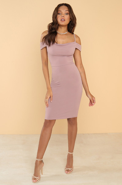 Serving Curves Dress - Mauve