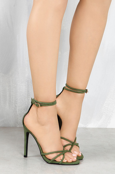 Confident Look - Olive