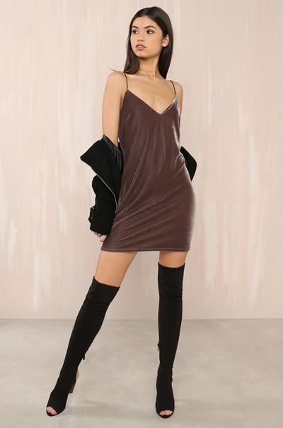 Luxe Attitude Dress - Mocha Velvet