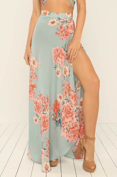 In The Middle Skirt - Floral