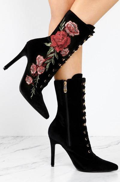 So Captivating - Black Velvet
