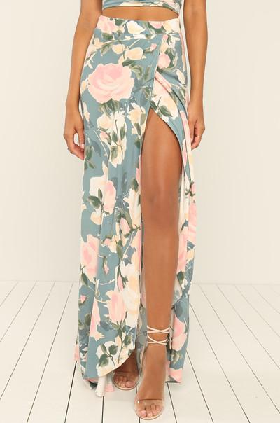 Watch Me Bloom Skirt - Floral