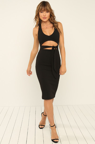 Made To Flaunt Dress - Black