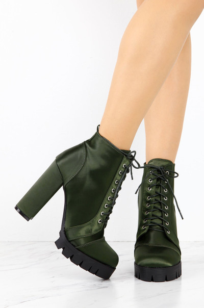 Call Of Bootie - Olive