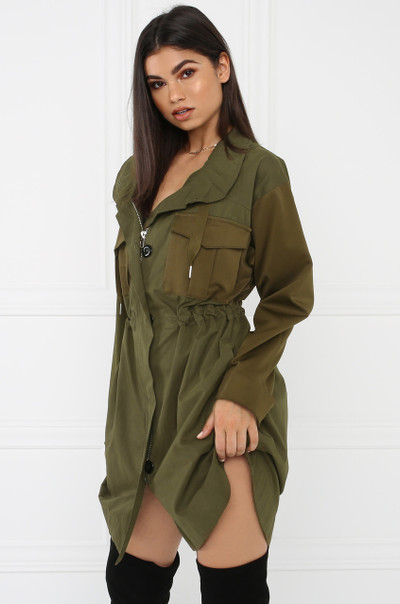 Serving Looks Jacket - Olive