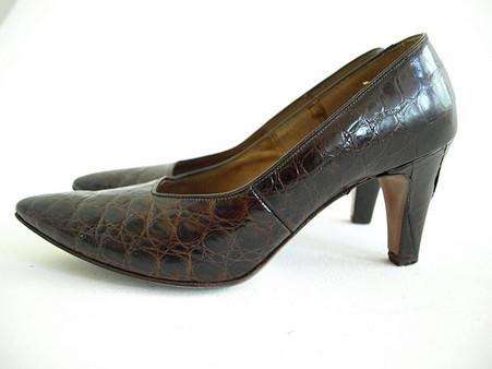 Vintage Shoe Troylings Alligator Pump