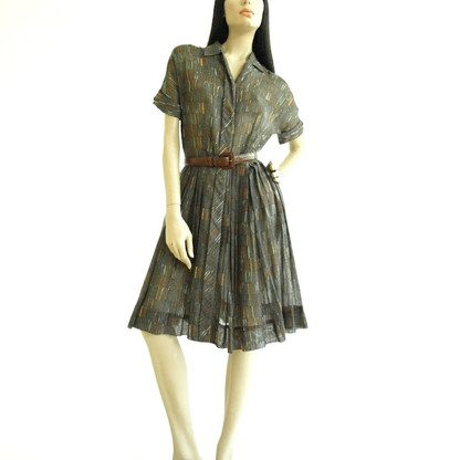 Vintage 1940's/1950's Miss Marilyn Sheer Print Shirt Dress