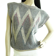 1970s wool sweater. Argyle Vest.