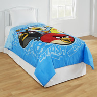 Twin/Full Bed Comforter: Angry Birds with Plush Accents