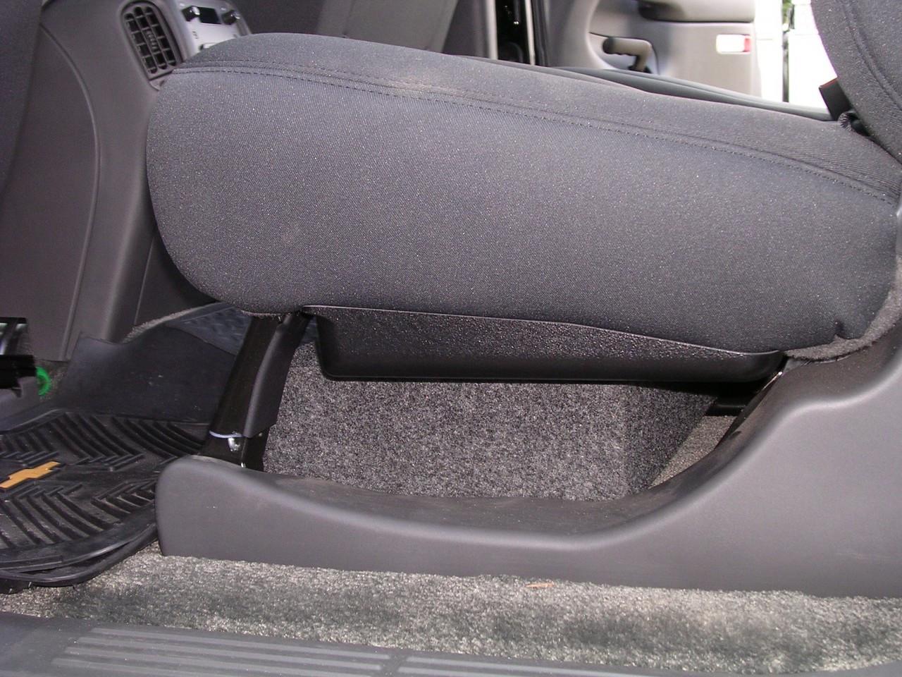 2001 2013 Chevrolet Avalanche Single Subwoofer Enclosure