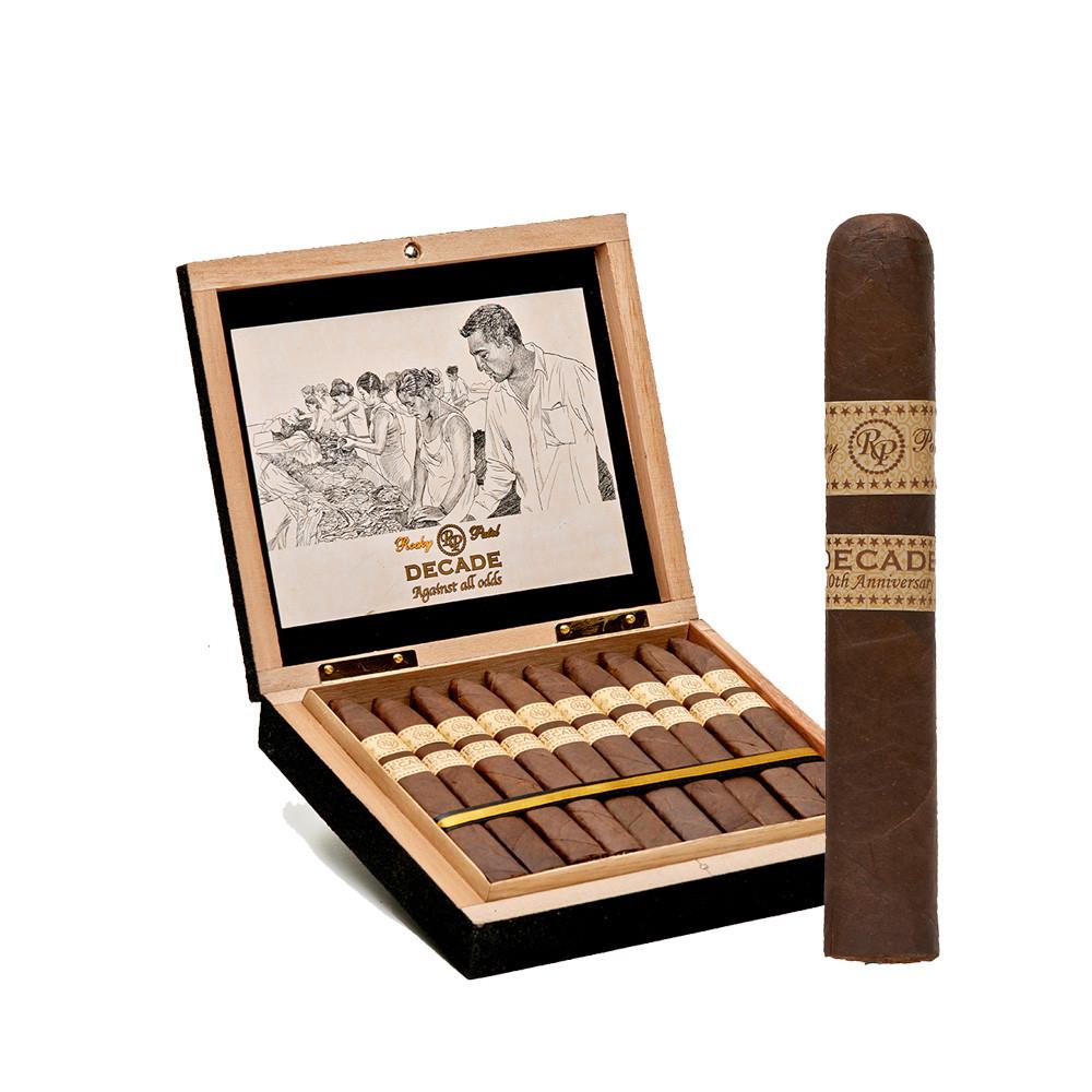 Rocky Patel Decade Toro Cigars - Natural Box of 20