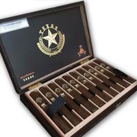 Montecristo Connoisseur Edition Texas Titan Cigars - Natural Box of 10
