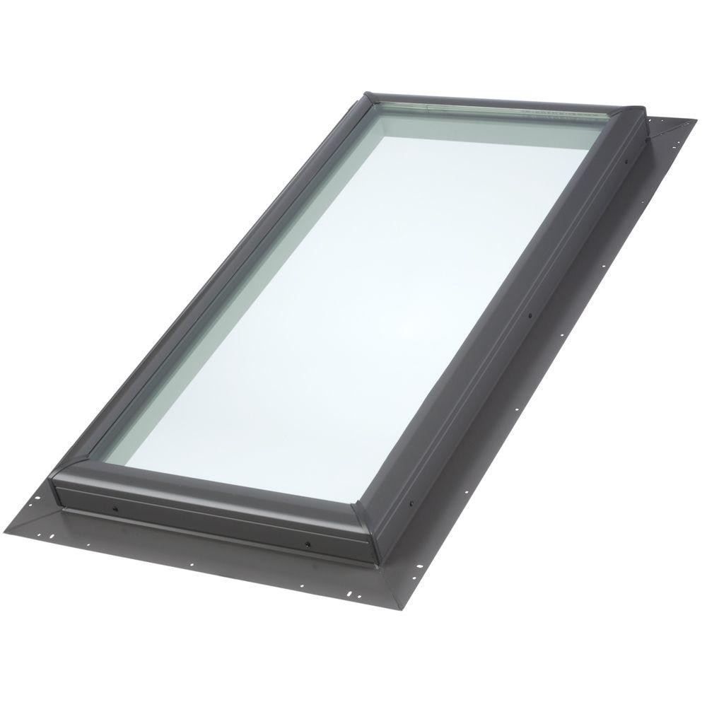 VELUX 22 1/2 IN. X 30 1/2 IN. Pan Flashed QPF 2230