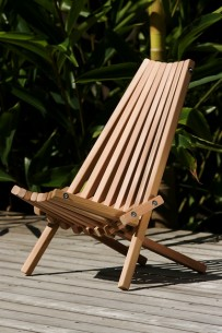 cedar magic outdoor folding timber deck chair