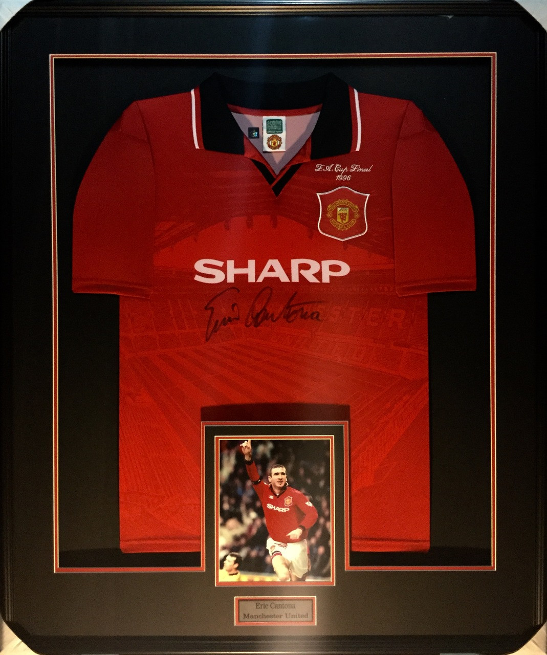 4f39ce321 Eric Cantona Manchester United Signed Framed Jersey - PHG Sports Inc ...