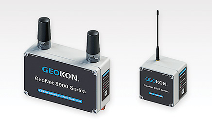 Photo of the Model 8900 Cellular Gateway + Mesh Supervisor (left) and 8900 Mesh Supervisor (right), both part of the GeoNet Wireless Data Hosting System.