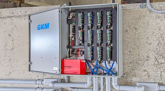 Photo of the GKM Data Acquisition System installation.