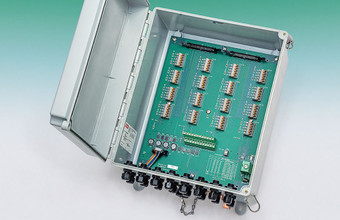 Model 8032 Multiplexer (MUX).