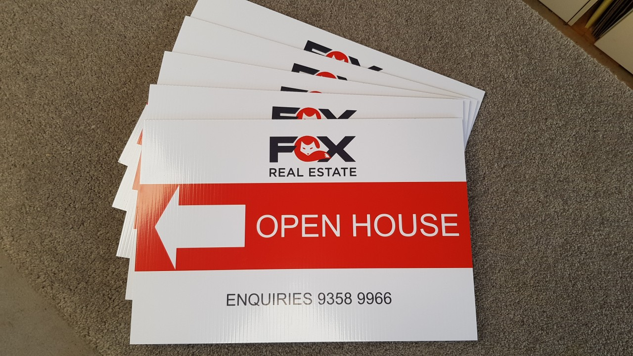 fox-real-estate-300x450mm-corflute-signs.jpg