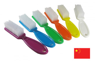 Handled Manicure Brush: Mixed Colors