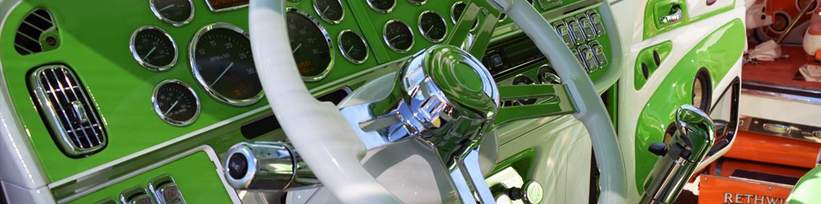 steeringwheelsraneys.jpg