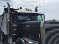 Freightliner FLC Visor