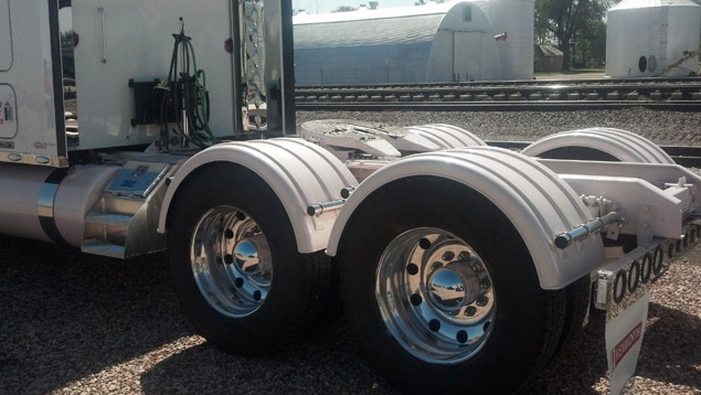 Poly Fenders Dually Trucks : Minimizer truck fenders series white poly