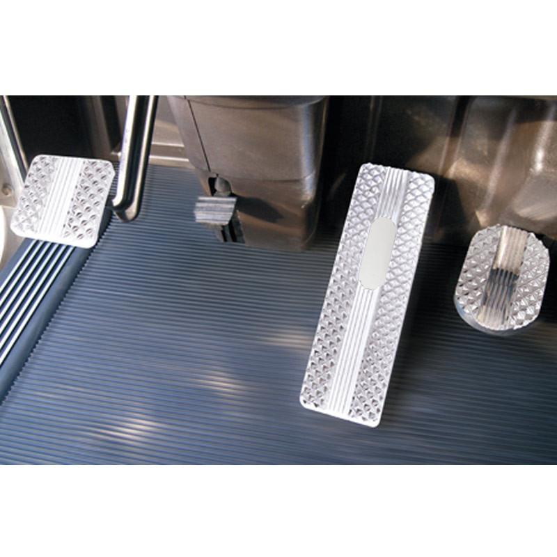 Kenworth T700, T800, W900, T440 and T470 Diamond Billet Foot Pedal Set 2007-2013