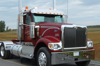 International 9900 Chrome Bumper Rolled End On Truck
