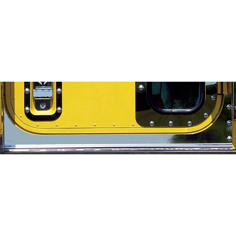 International 9300 Under Door Panels With Dimples On Truck