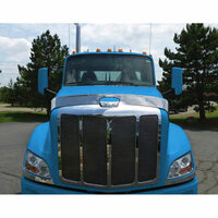 Peterbilt 579 Hoodshield Bug Deflector