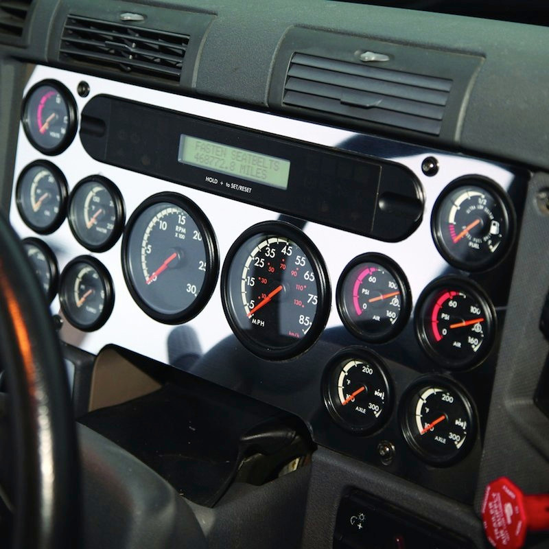 Freightliner Cascadia Stainless Steel Main Gauge Cluster