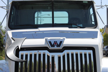 Western Star 4700 Bug Shield By Valley Chrome Raney 39 S Truck Parts