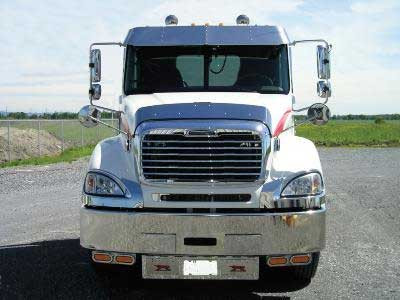 """14"""" Freightliner Columbia Day Cab Sunvisor 2001+ On Truck"""