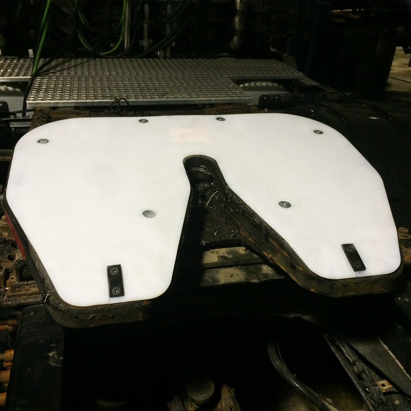 Holland Fifth Wheel Slick Plate
