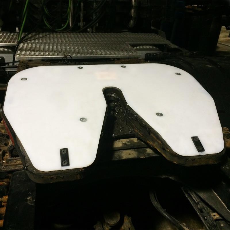 RV Fifth Wheel Slick Plate