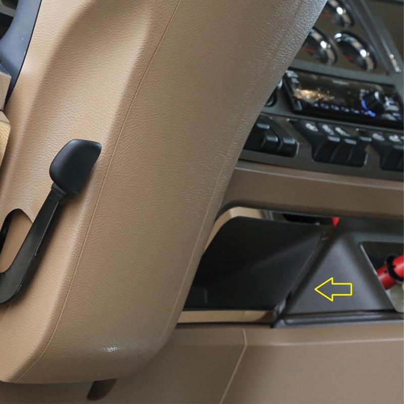 Kenworth T680 & T880 Right Of Steering Wheel Pocket Trim