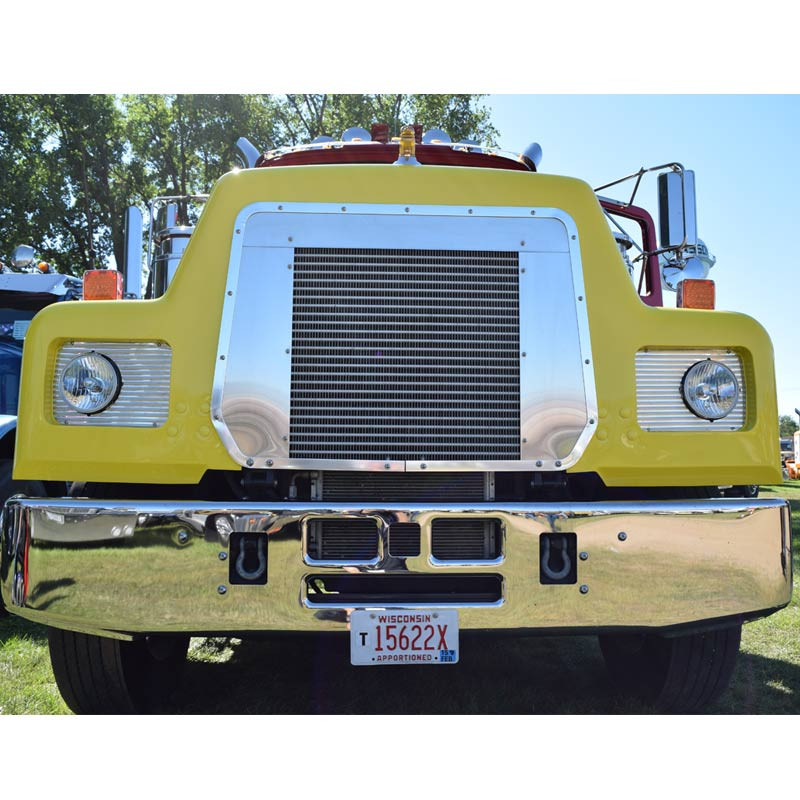 Mack Valueliner Tapered Bumper Close