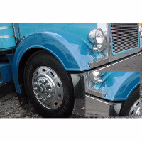 Peterbilt 379 Short Front Fender Set Mounted