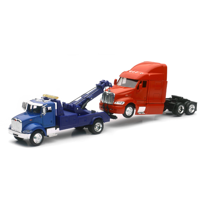 Peterbilt 335 Tow Truck With Peterbilt 387 Cab 1/43 Scale