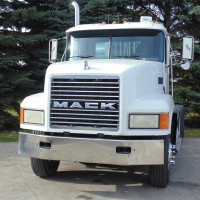 Mack CL Chrome Bumper 1994-2003