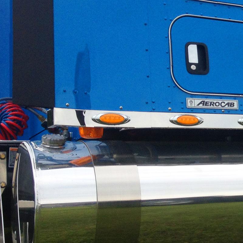 Kenworth Stainless Steel Sleeper Panel Extension With P1 Style Amber On Truck