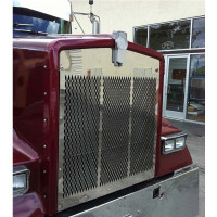 Kenworth W900L SS Grill With Small Diamond Cutouts
