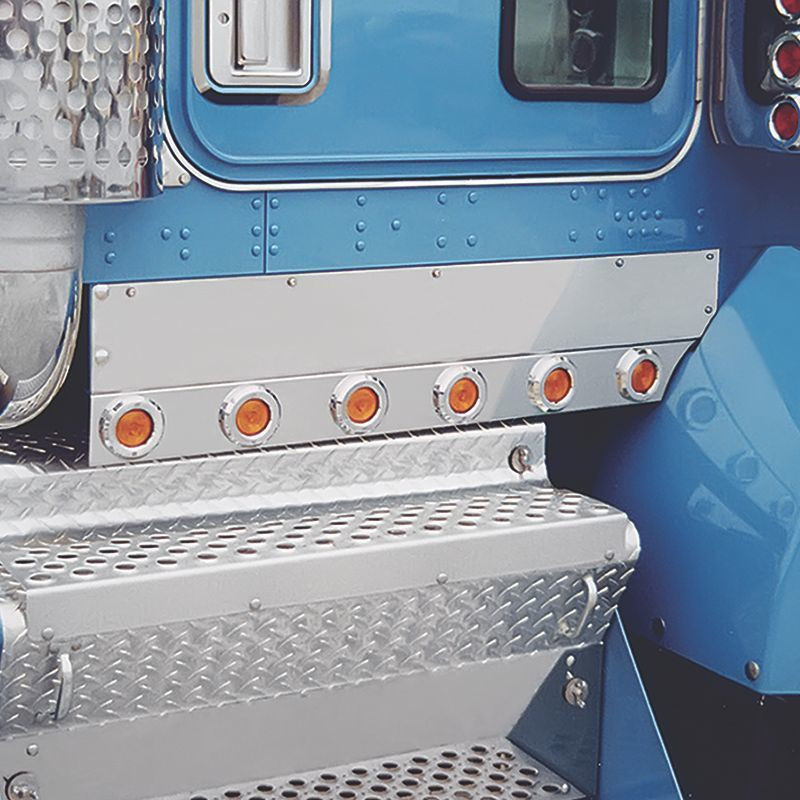 """Kenworth T800 2010 & Newer 1.25"""" Face Cab Panels By Roadworks"""