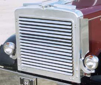 Peterbilt 359 Grill With 16 Louver-Style Bars By RoadWorks