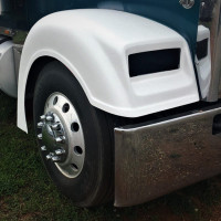 Freightliner Classic XL Front Fender By Talladega Fiberglass Front